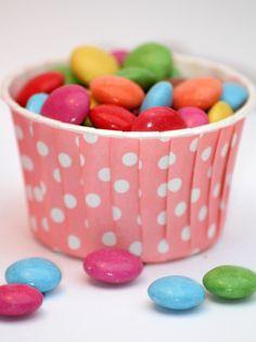 Muffin Cupcake Förmchen Hochzeit Punkte rosa - Feiern von verspieltes-de - Muffinförmchen - Feinschmeckerbedarf - DaWanda