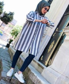Plaid and Stripped Dress Inspiration for Hijabies – Girls Hijab Style & Hijab . Plaid and Stripped Dress Inspiration for Hijabies – Girls Hijab Style & Hijab Fashion Ideas Hijab Fashion Summer, Modern Hijab Fashion, Muslim Women Fashion, Street Hijab Fashion, Hijab Fashion Inspiration, Fashion Outfits, Fashion Ideas, Fashion Fashion, Hijab A Enfiler