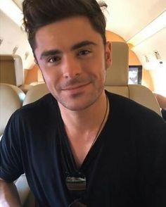 He's so adorable:)