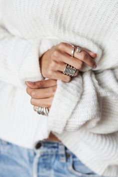 Discover recipes, home ideas, style inspiration and other ideas to try. Casual Outfits, Cute Outfits, Inspiration Mode, Victoria Secret Fashion Show, Fashion Beauty, Womens Fashion, Diamond Are A Girls Best Friend, Textiles, Sweater Weather