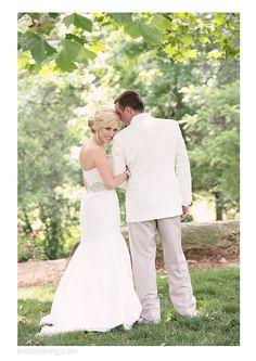 Kristin Vining Photography, wedding, wedding day, Kristin Vining, bride and groom, first look, love