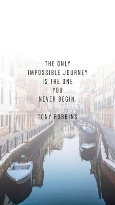 These phone wallpaper quotes to inspire your New Year will motivate your New Years Resolutions. Tony Robbins quotes Motivation Mastery: How to Get Motivated Life Quotes Love, Sassy Quotes, Quotes To Live By, Me Quotes, Quotes Wise Words, Quotes On Life Journey, Qoutes, Career Quotes, Dream Quotes