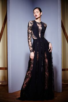 Zuhair Murad - Fall 2015 Ready-to-Wear - Look 12 of 40?url=http://www.style.com/slideshows/fashion-shows/fall-2015-ready-to-wear/zuhair-murad/collection/12