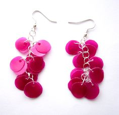 Recycled plastic bottle pink magenta earrings upcycled jewelry, eco friendly - Made to order Plastic Bottle Flowers, Plastic Bottle Crafts, Plastic Jewelry, Recycled Jewelry, Recycled Bottles, Recycle Plastic Bottles, Handmade Jewelry, Plastic Cups, Bottle Jewelry