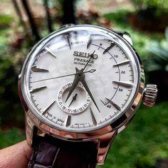 Latest NEW Seiko Presage Cocktail Sakura Auto Limited Edition Watch Amazing Watches, Beautiful Watches, Cool Watches, Watches For Men, Elegant Watches, Stylish Watches, Luxury Watches, Seiko Presage, Breitling Watches