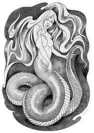 Sua aparência também varia de lenda para lenda. Na maior parte das versões, contudo, seu corpo, abaixo da cintura, tem a forma de uma cauda de serpente.