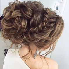 Long wedding updos and hairstyles from Elstile / http://www.deerpearlflowers.com/new-long-wedding-hairstyles-updos/4/