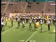 ▶ Cavaliers 1980 - Softly As I Leave You - The Step-Over Closer - YouTube