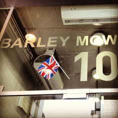 Barley Mow Centre (our Chiswick HQ) pulling out all the stops for the jubilee. #London #bestofbritish