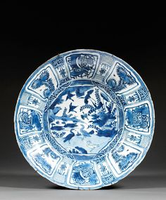 A large blue and white kraak porcelain dish, China, Ming dynasty, Wanli period. 49 cm/D. Blue And White China, Blue China, Country Blue, Moody Blues, Chinese Ceramics, White Plates, Chinese Antiques, Delft, 16th Century