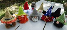inspiration - made by varying http://www.ravelry.com/patterns/library/santa-gonk-christmas-decorations