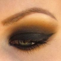 love the smokey gold look