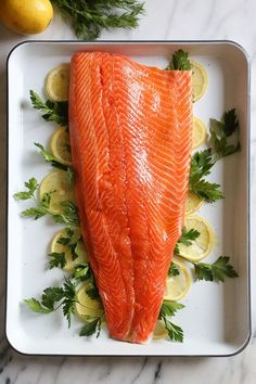 This simple, healthy Baked Salmon dish is made with fresh lemon, and lots of fresh herbs such as dill, parsley, chives. Ww Recipes, Salmon Recipes, Fish Recipes, Healthy Recipes, Protein Recipes, Dinner Recipes, Roasted Salmon, Baked Salmon