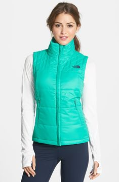 The North Face 'Red Slate' Vest (Online Only) available at - I like Metallic Silver Puffy Vest Outfit, Fall Outfits, Cute Outfits, Running In Cold Weather, Estilo Fitness, Workout Vest, Fitness Fashion, Women's Fitness, Fitness Wear