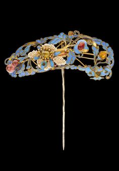 China | Hairpin; gilt metal, kingfisher feather, glass, seed pearl | ca. 1800