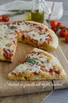 ricetta pizza furba 5 minuti in padella senza forno ricetta pizza margherita senza lievitazione veloce pomodoro mozzarella video ricetta