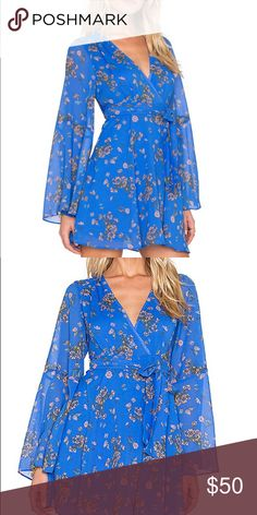 862da70c28f Free People Dress Free People Blue floral dress Zip on side Ties to wrap  behind and