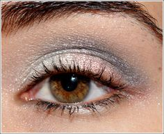 silver   NARS Smudgeproof Eyeshadow Base (neutral eyeshadow base), Chanel Ombres Perlees de Chanel Eyeshadow Palette (white gold, pink-bronze, navy blue), Burberry Trench Eyeshadow, Chanel Gris Eyeliner, Chanel Inimitable Intense Mascara (black)