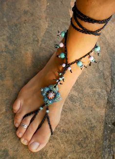 Barefoot sandal - we used to call them hippy sandals and used raffia- Making some right now! <3