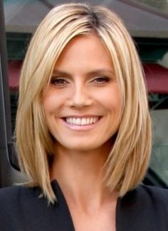 Love the length and style. Hmmmmm...is it time to cut my hair?!?