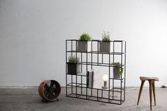 iPot Modular Planting System by Supercake Design Studio (Design Milk) Silver Furniture, Cool Furniture, Furniture Design, Furniture Stores, Modular Shelving, Modular Furniture, Green Gifts, Design Studio, Decor Interior Design