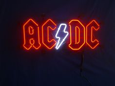 AC DC Band Music Neon Sign Nous sommes aussi sur Linkedin fr/linkedin.com/in/opascal/