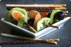 Brochettes de fruits en mikado