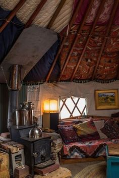 Yurt Interior with colorful tapestries and wood-burning stove / The Green Life ♥ Yurt Living, Tiny Living, Living Spaces, Yurt Interior, Interior Exterior, Interior Design, Yurt Home, Cabin Homes, Foyers