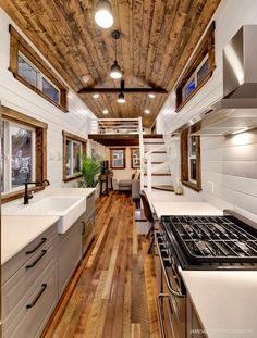 Rustic Meets Luxury: Loft Edition for sale on the Tiny House Marketplace. Rustic Meets Luxury: Loft Edition for sale on the Tiny House Marketplace. This loft edition is the epitome of rustic meeting luxury. Modern Tiny House, Tiny House Cabin, Tiny House Living, Tiny House Plans, Tiny House Design, Tiny House On Wheels, Tiny House With Loft, Tiny House Luxury, Rustic House Design
