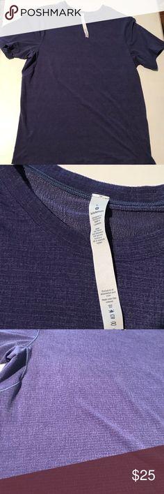 Men's Lululemon Workout Shirt Size Large In great condition! lululemon athletica Shirts Tees - Short Sleeve