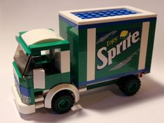LEGO Sprite Truck by notenoughbricks,