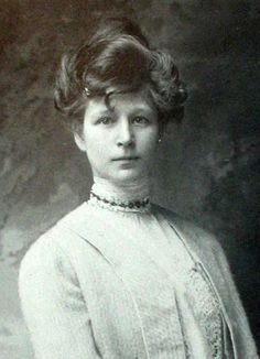 Frieda Lawrence c. Vintage Photos Women, Vintage Photographs, D H Lawrence, Katherine Mansfield, Passion For Life, Cool Photos, Amazing Photos, Victorian Era, Art History