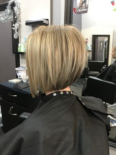 Short graduated bob created by Geneva Rygel