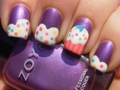 purple cup cake nails to go with my purple-themed Christmas party..ooohhhh yyyeeeaaah :)