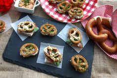 Bruschetta, Ethnic Recipes, Food, Oktoberfest, Bakken, Food Food, Recipes, Meals, Yemek