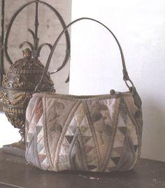 How to make tutorial shoulder tote shopping Bag Handbag purse women sewing quliting quilt patchwork applique pdf pattern patterns ebook. $6.00, via Etsy.