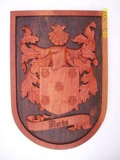brasões de familia esculpido em madeira,escudo de armas