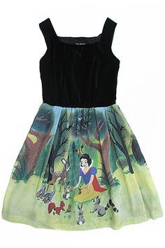 Classic Snow White and velvet dress