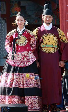 My Favorite hanbok from Jang Hee Bin in Dong Yi