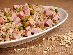 Insalata di orzo, prosciutto e piselli: un piatto, facilissimo da realizzare, che può essere consumato sia tiepido che freddo.