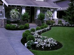 Gorgeous Front Yard Garden Landscaping Ideas (53) #frontgardendesignideas #gardenshrubslandscaping #WalkwayLandscape