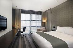 Deluxe Room at Holiday Inn Bangkok Sukhumvit 22