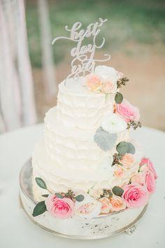 best day ever wedding cake from Highland Springs Resort California wedding http://www.trendybride.net/highland-springs-resort-ca-wedding/ #trendybride