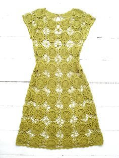Vintage Hand-crocheted Shift Dress pretty and green