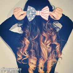 Vintage American Flag Hair Bow