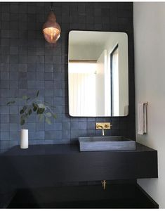 Ideas for the bathroom: 55 blue bathroom design ideas … - Bathroom Blue Bathrooms Designs, Dark Bathrooms, Bathroom Taps, Bathroom Fixtures, Amazing Bathrooms, Bathroom Interior, Small Bathroom, Bathroom Modern, Minimalist Bathroom