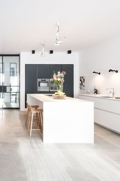 Interior Design Interior Consulting City Apartment Amsterdam by Studio Nest . - Interior Design Interior Design City Apartment Amsterdam by Studio Nest … - Modern Kitchen Design, Interior Design Kitchen, Modern Interior Design, Modern Kitchens, Black Kitchens, Industrial Kitchens, Apartment Decoration, Apartment Interior Design, City Apartment Decor