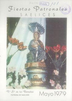 """Fiestas patronales de Saelices (Cuenca), en honor de la Virgen de los Remedios. Los días 25 al 28 de mayo de 1979. Carrera de sacos en el """"Circo de Segóbriga"""". #Fiestaspopulares #Saelices #Segóbriga #Cuenca"""