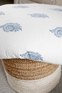 The Rani Duvet Cover features a petite, indigo paisley motif on a white…