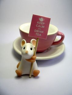 """Mouse & teacup """"Keep calm & drink tea"""" Seen on Etsy - 15.00 GBP I MUST HAVE THIS IN MY LIFE!!!"""